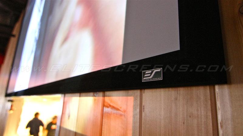 RESIGILAT Ecran proiectie cu rama fixa Elitescreens ezFRAME Series R92WH1, marime vizibila: 202.9cm x 115.1cm, 16:9